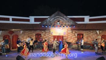 ಕಲಾಂಗಣ್ : ಜಿವಿತಾಂತ್ಲ್ಯಾ ಮಧುರ್ ಖಿಣಾಂಕ್ ಸಂಗಿತಾಚೊ ರಂಗ್ ಭರ್ಲಲಿ 'ಜಿಣ್ಯೆ ರಂಗ್'